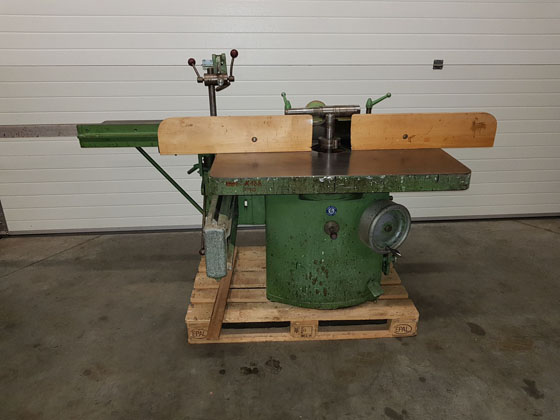 WYROBA woodworking machines and other equipment , saws